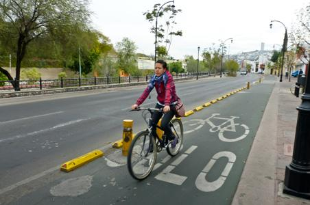Tengo bicicleta pero no Ciclo vía