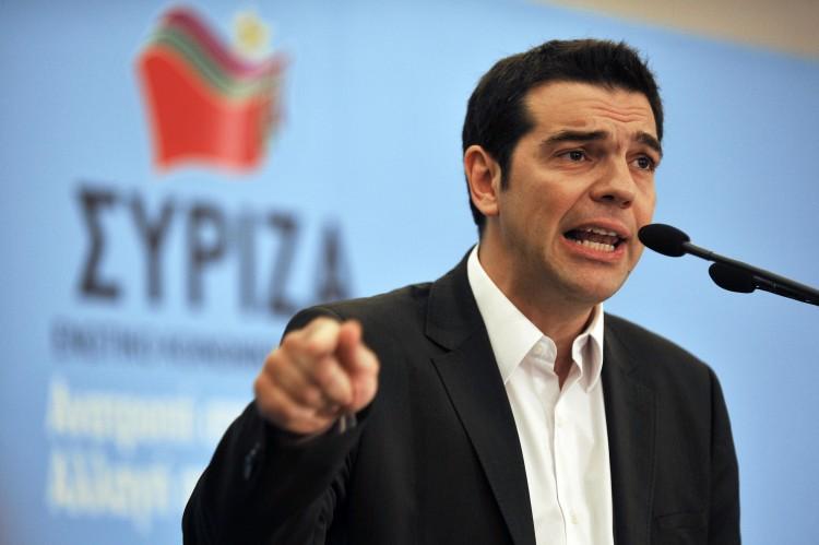 Tsipras acusa a España de conspirar para derrotar su gobierno