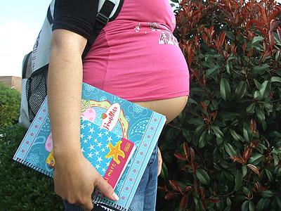 Sejuve pretende prevenir embarazos con bebés electrónicos