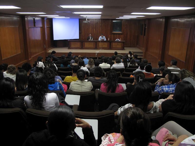 IEQ invita a alumnos UAQ conocer propuestas de partidos para comicios 2012