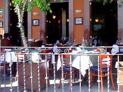 Restauranteros prevén aumento de 35 por ciento en ventas