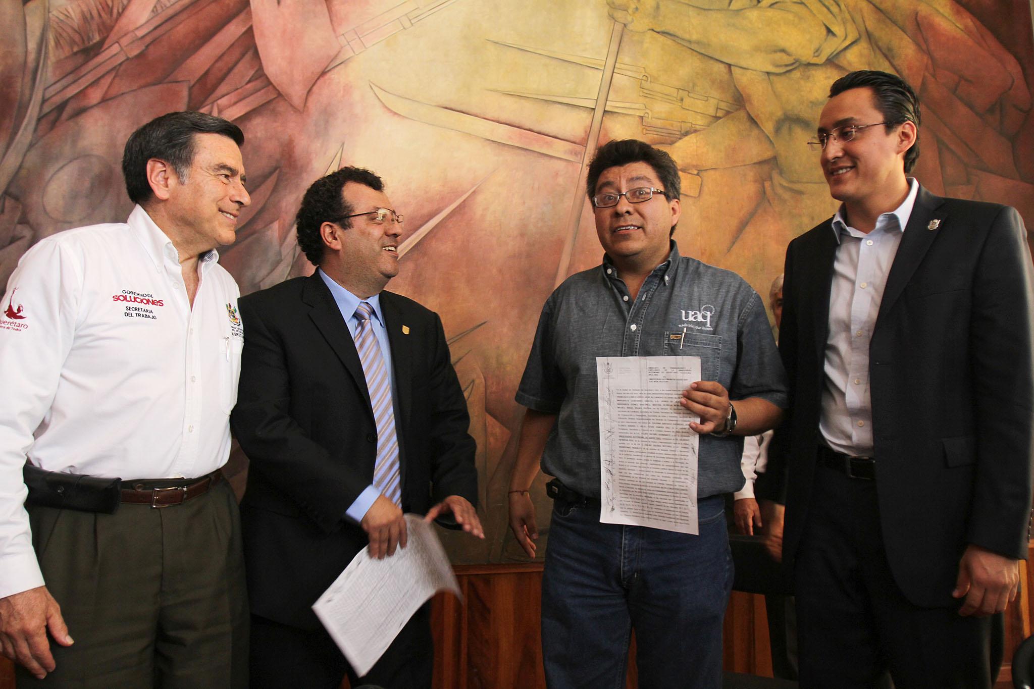 Gorráez celebra acuerdo de UAQ y sindicatos