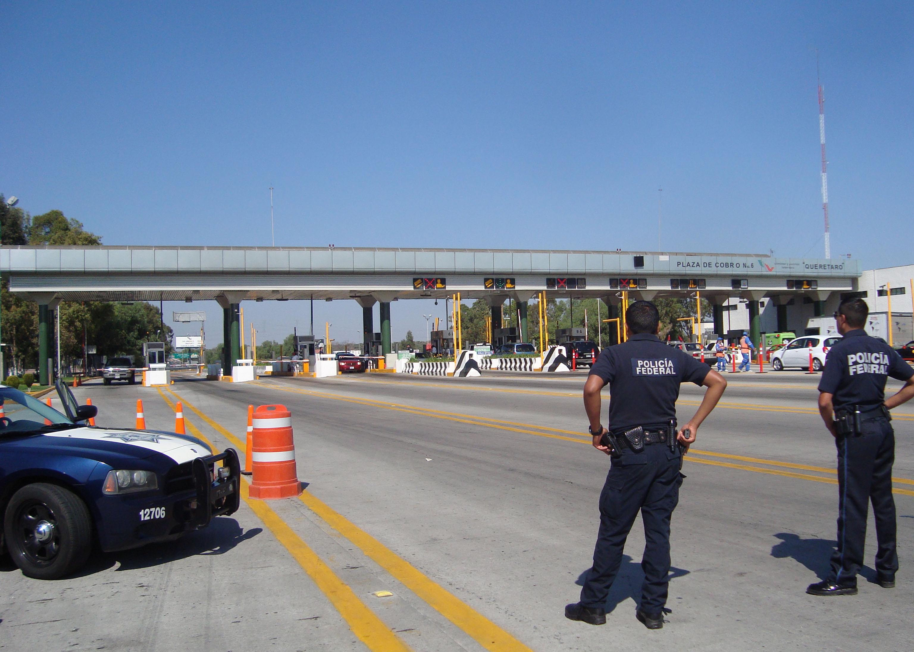 Diariamente 15 mil vehículos llegan a Querétaro