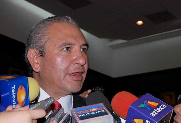 En 2014 habrá 18 nuevas clínicas, anunció García Feregrino