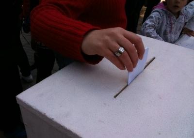 plebiscito_salud_chile_2012_urna_voto_ciudadano