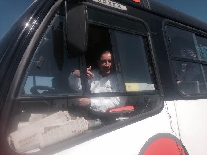 López Portillo da banderazo de salida a 15 camiones nuevos