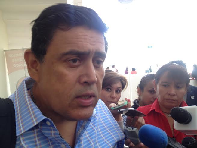 PAN no dará voto de confianza al gobierno de Querétaro para construcción del tren: Armando Rivera