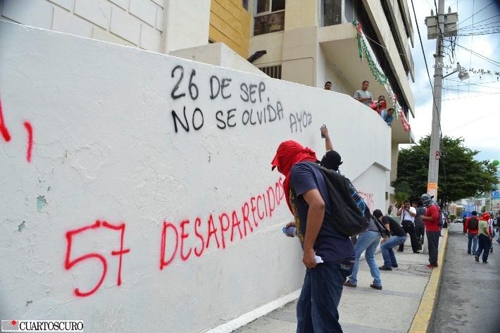 Reportan como localizados a 19 estudiantes de Ayotzinapa; EPN exige que Guerrero asuma responsabilidad