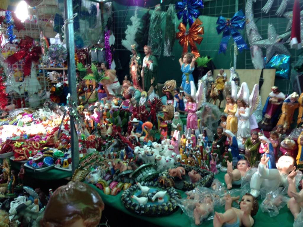 d7c96a6388d Venta de artículos navideños a la baja  comerciantes