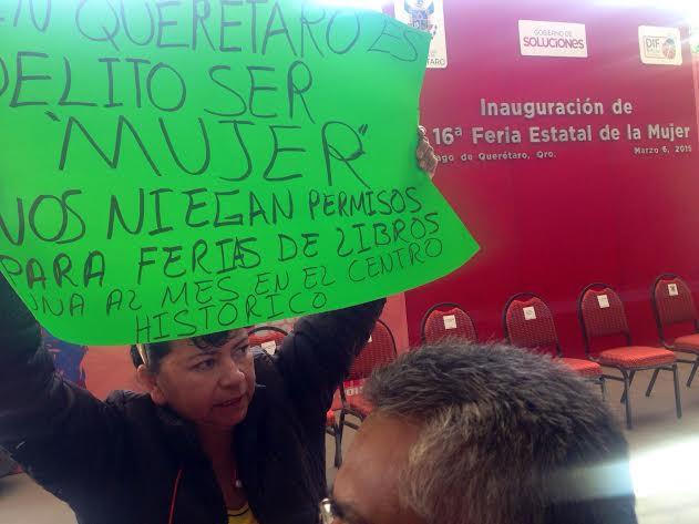 Asociación de Libreros y Revisteros denuncian falta de permisos para realizar ferias en Querétaro