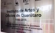 Sandra Albarrán devela placa por XXV aniversario del INACROQ