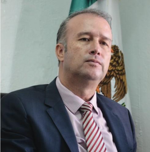 MARIO CALZADA MERCADO