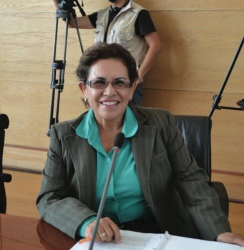 MARÍA DOLORES DE LA TORRE