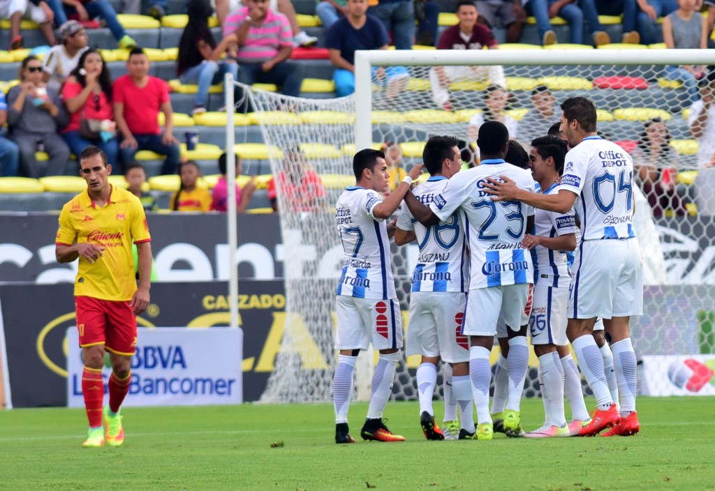Pachuca golea como visitante a Monarcas en fecha 10 de Liga MX