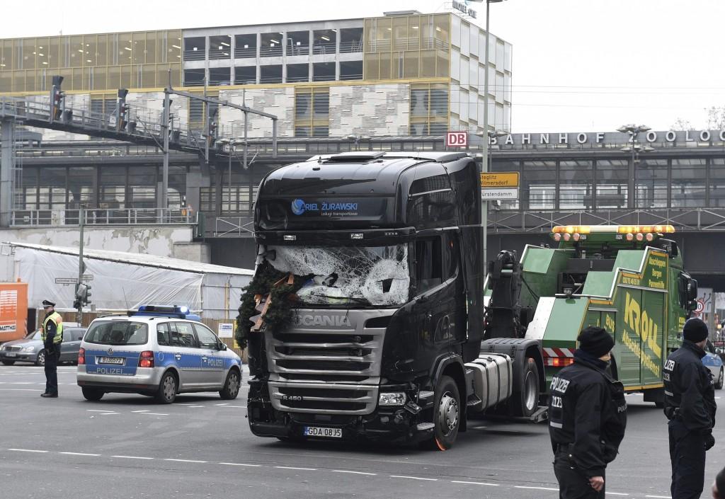 Policía de Berlín admite sus dudas sobre implicación del detenido en atentado