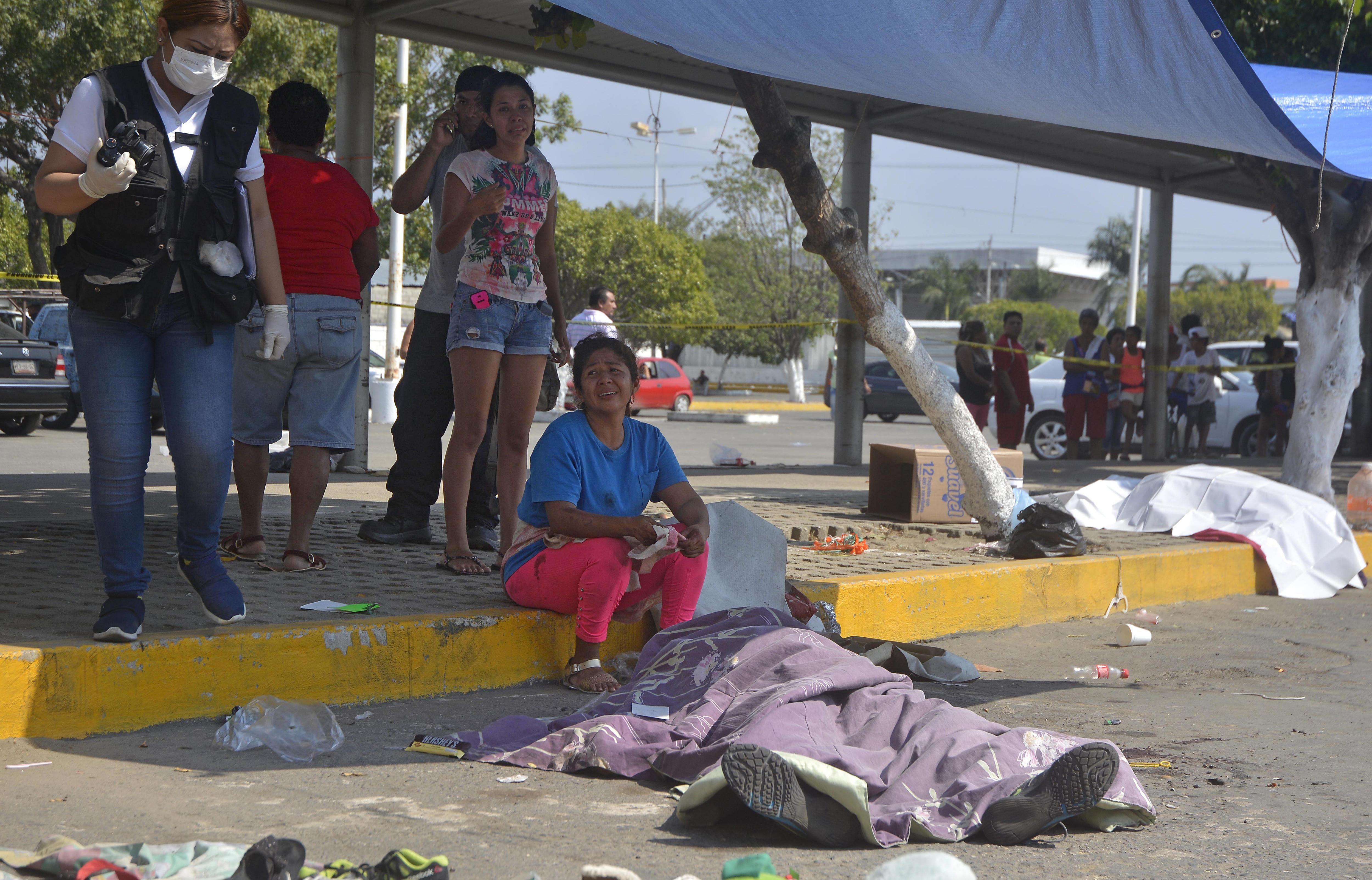 Seis comerciantes mueren acribillados en Acapulco