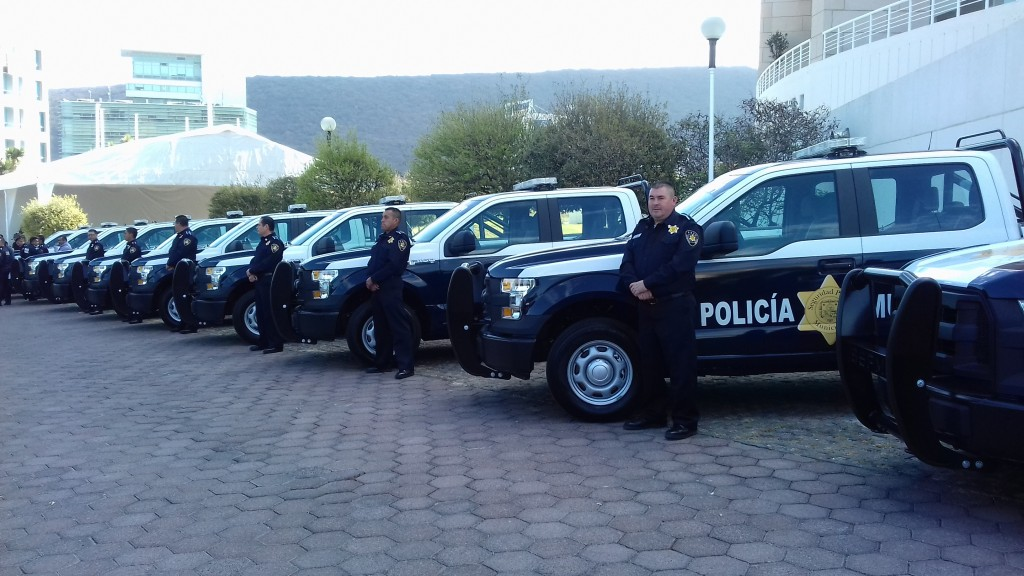 policía 3