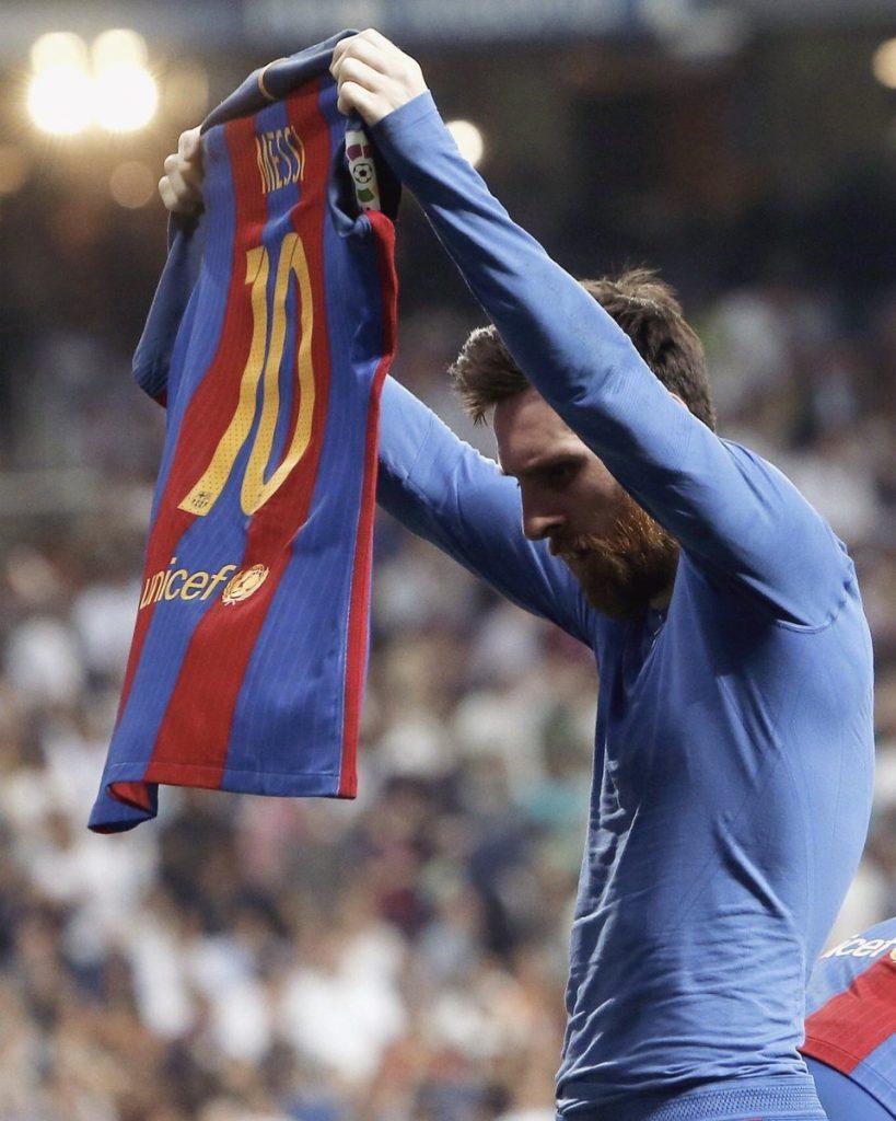 Noticias: Messi marca su gol 500 con el Barcelona