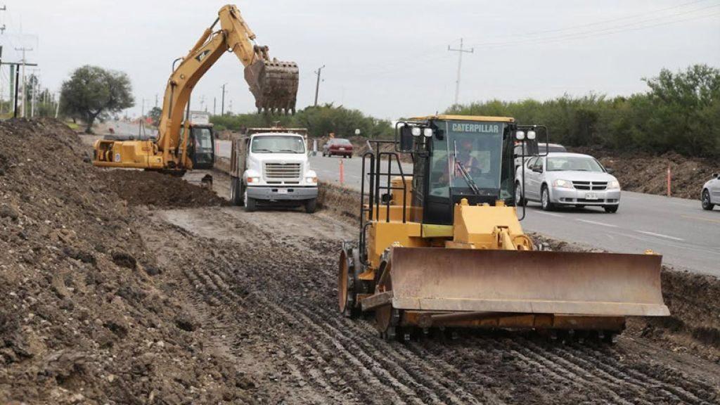 Obras carretera 200