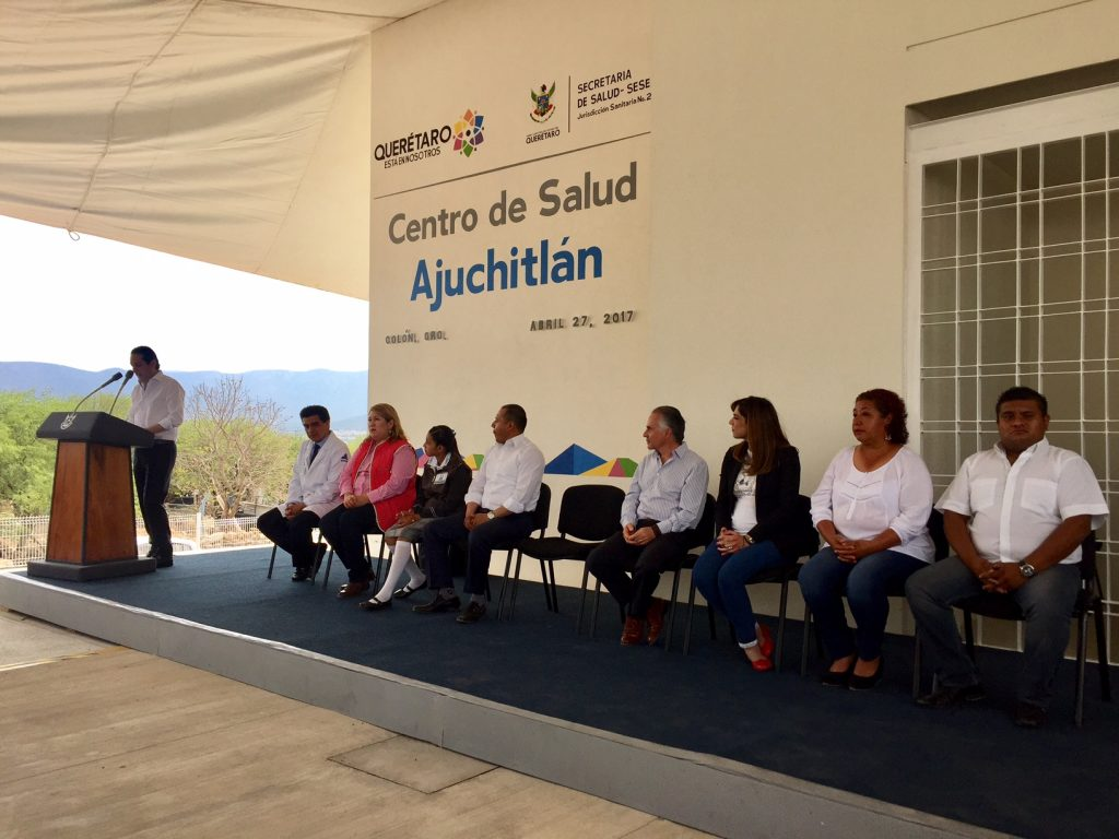 Inaugura gobernador Centro de Salud de Ajuchitlán, en Colón