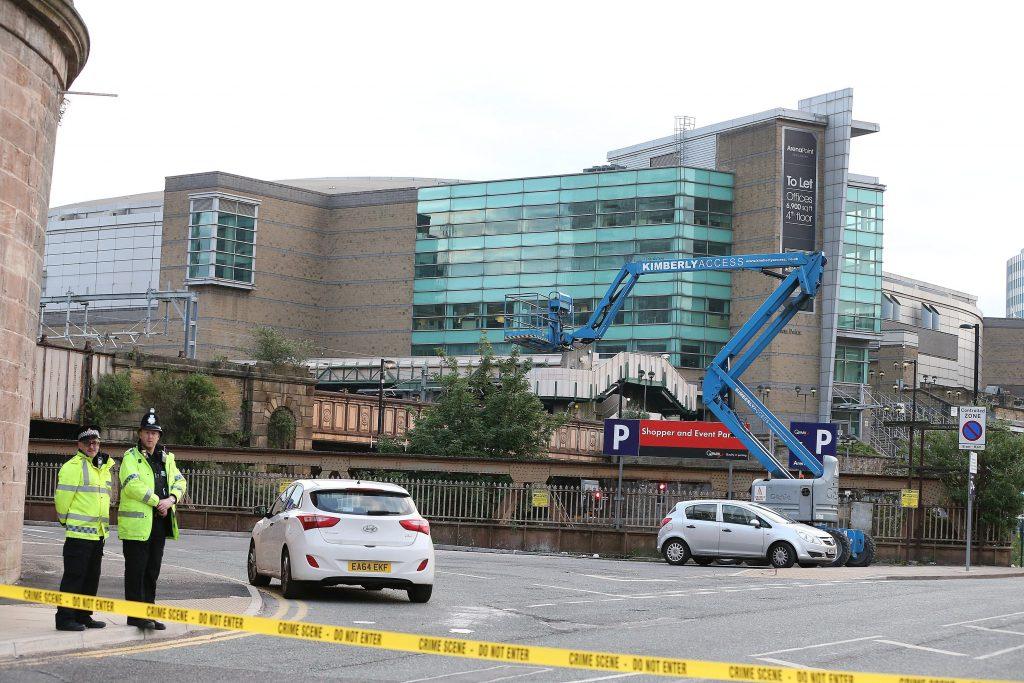 Un atentado en el R.Unido causa 19 muertos y 59 heridos a 3 semanas comicios