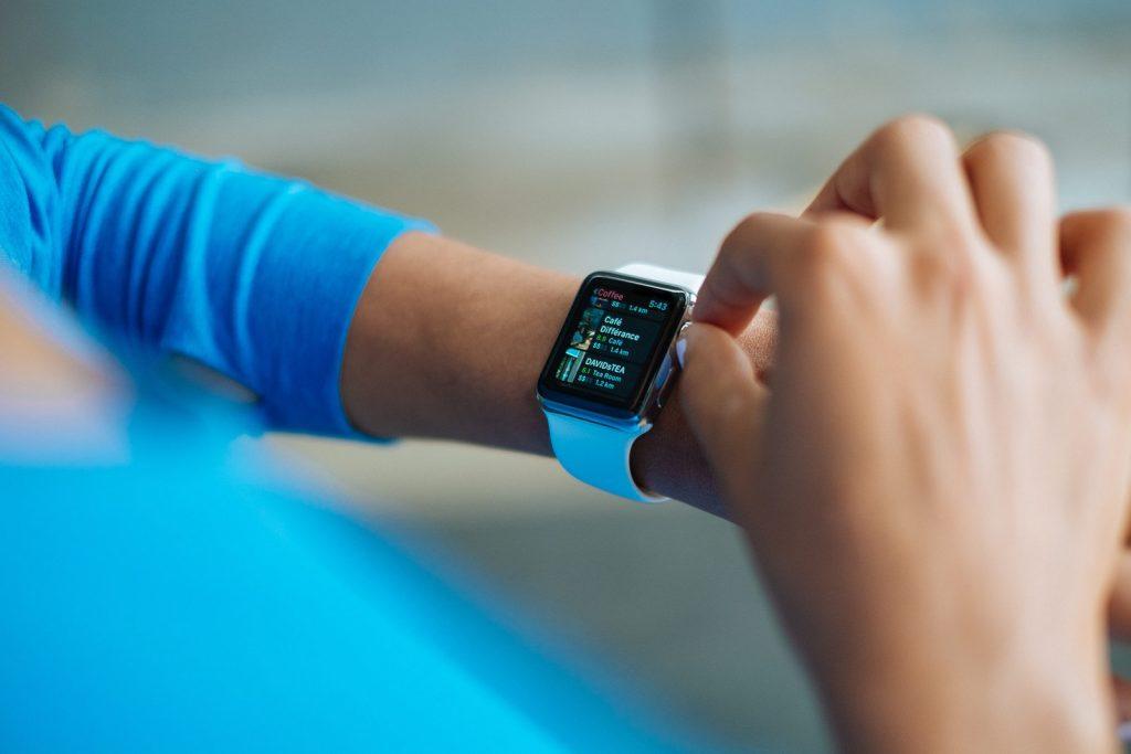 El Apple Watch medirá el azúcar en la sangre: reporte