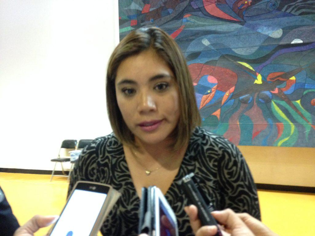 Aydé Espinoza