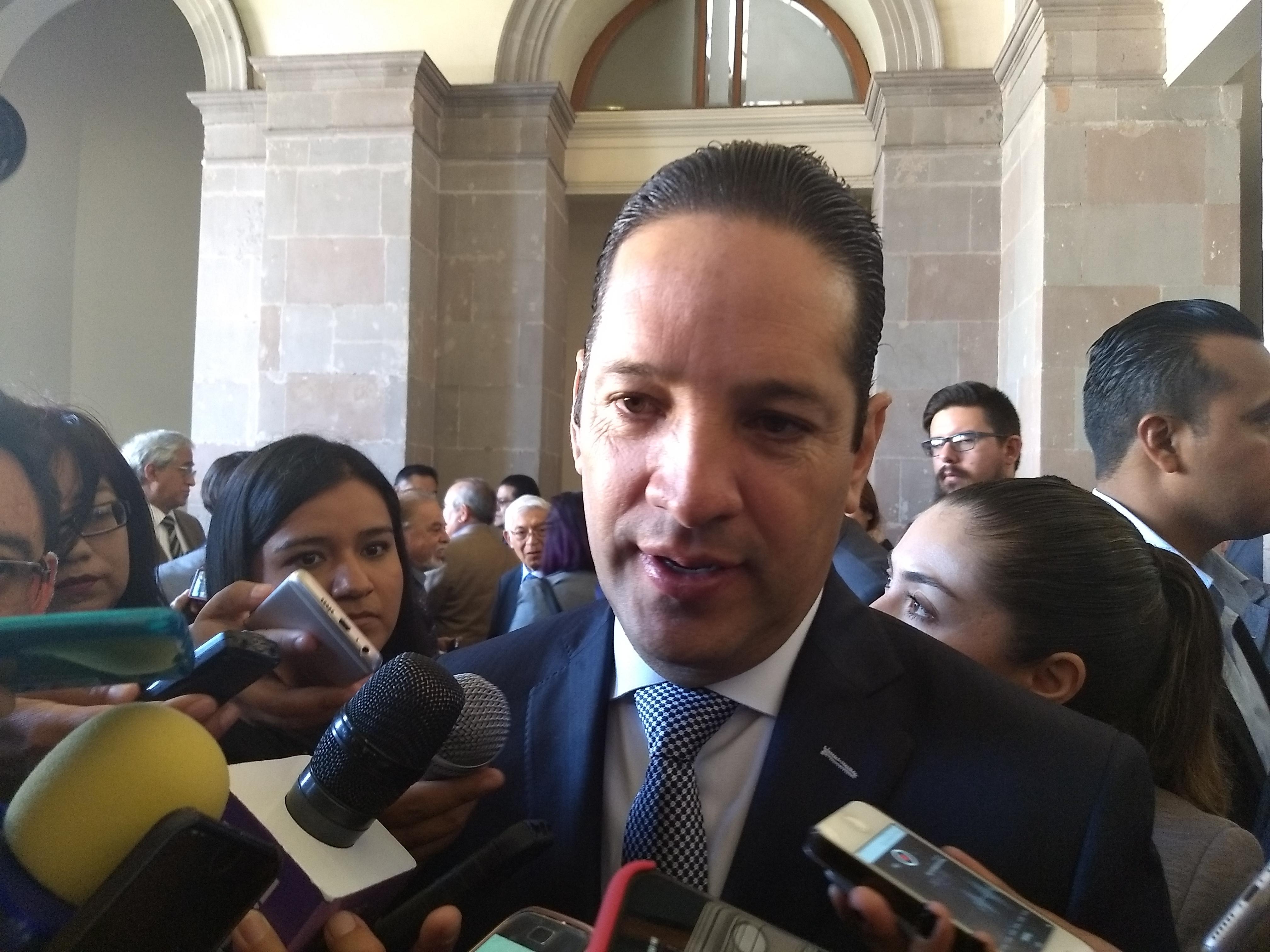 """""""Municipio debe indemnizar a familia de taxista que murió en socavón de Paseo Camelinas"""": Pancho Domínguez"""