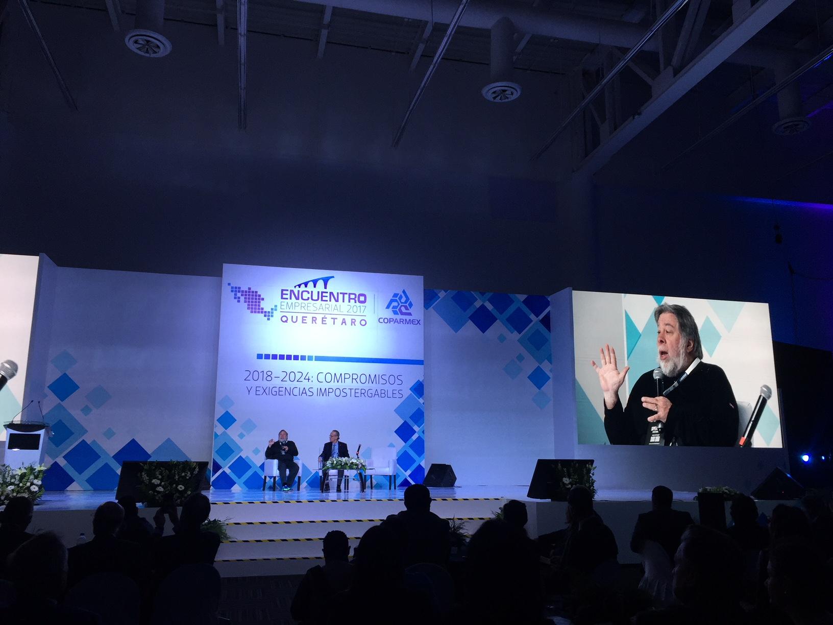 """""""Triple hélice"""", fundamental para impulsar la ciencia y la tecnología: Steve Wozniak"""