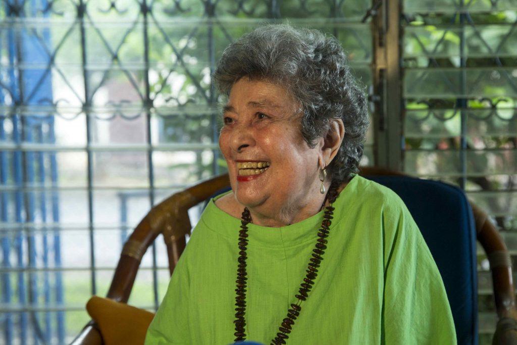 Muere poeta Claribel Alegría, Premio Reina Sofía