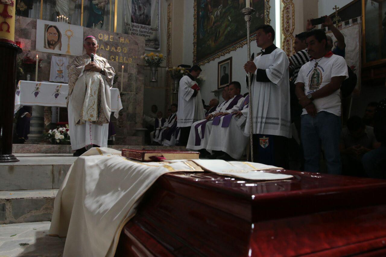 Autoridades se retractan de supuestos vínculos con el crimen organizado de curas asesinados en Guerrero