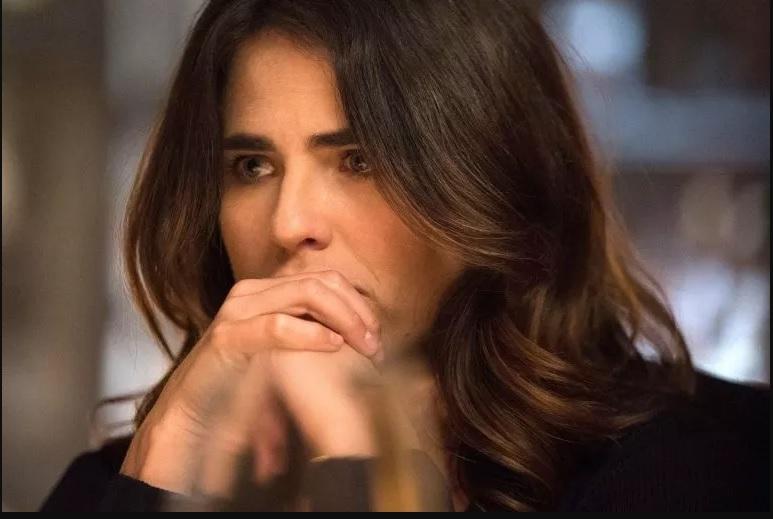 Karla Souza