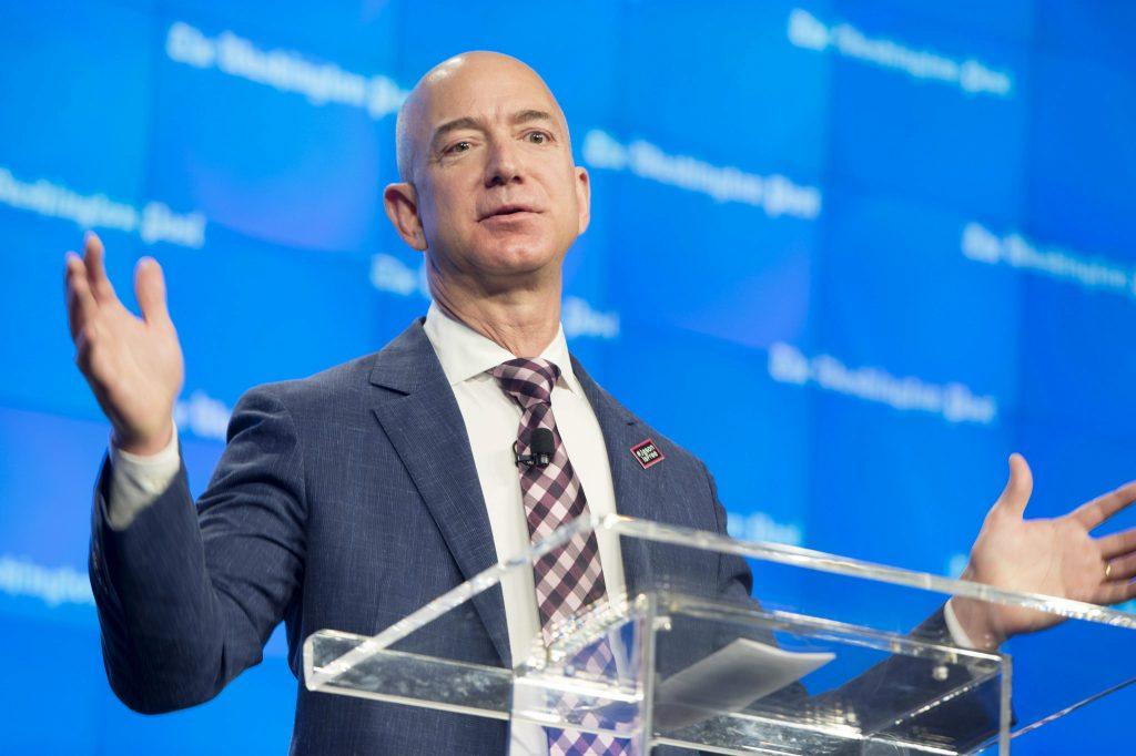 Jeff Bezos es el más rico del mundo, con 112.000 millones, según Forbes