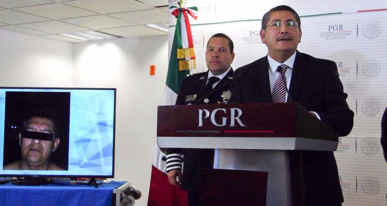 """Detienen a """"La Rana"""", presunto implicado en la desapariciA?n de los 43 normalistas de Ayotzinapa"""