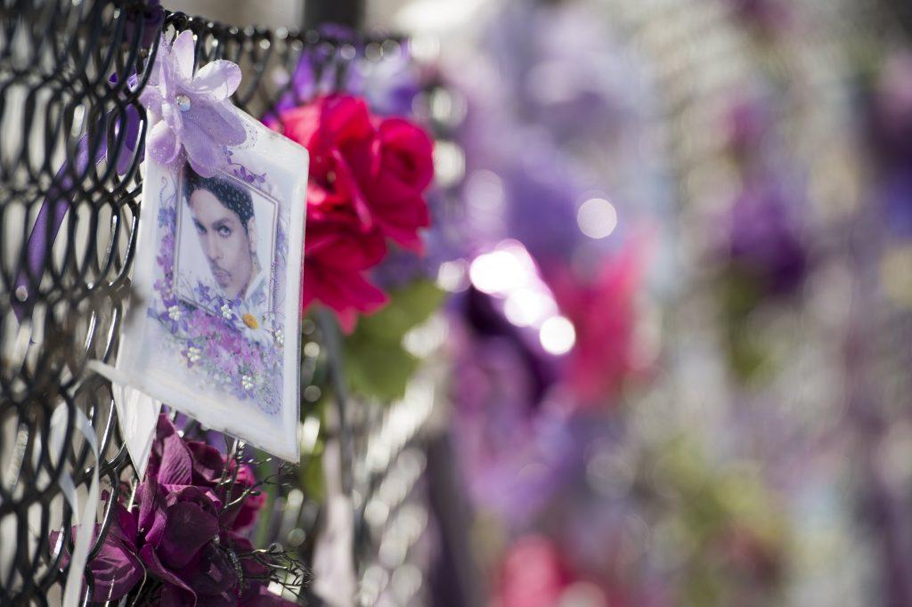 Las autoridades no presentarán cargos por la muerte de Prince