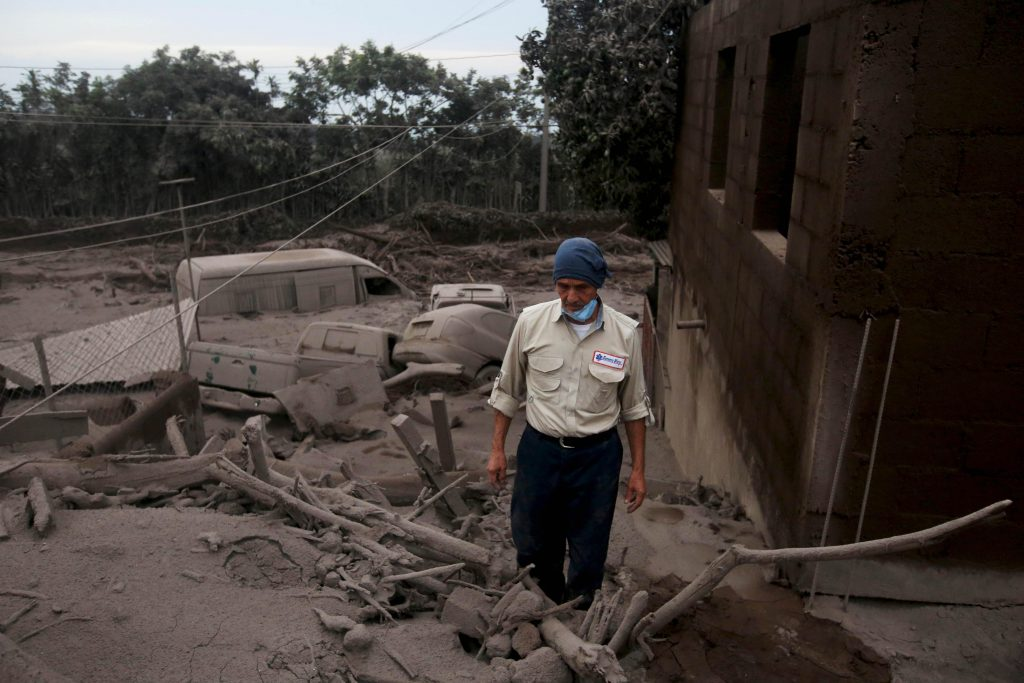 LO ÚLTIMO: 3.200 evacuados por volcán en Guatemala