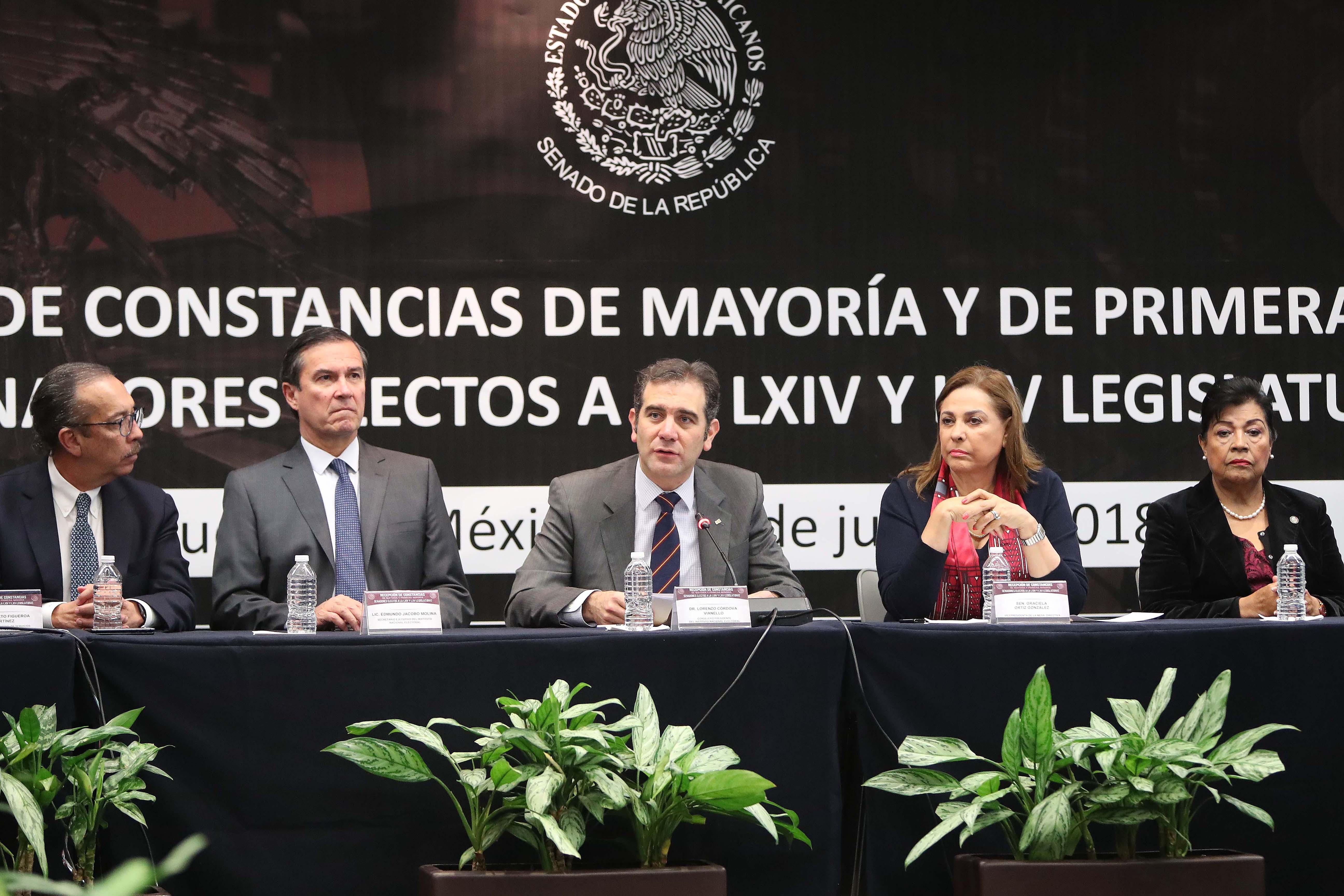 Senado recibe constancias que acreditan a los senadores electos a las LXIV y LXV Legislaturas