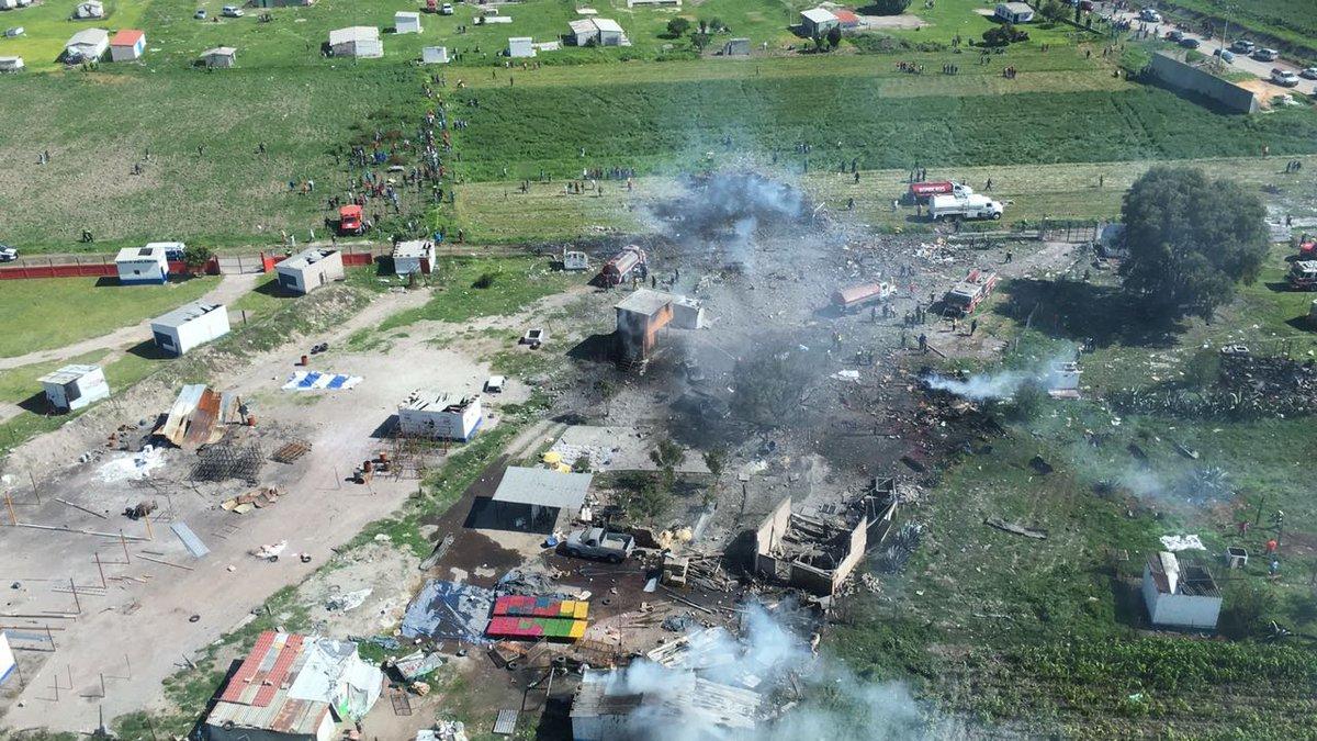 Al menos 17 muertos en explosión de polvorín en Tultepec