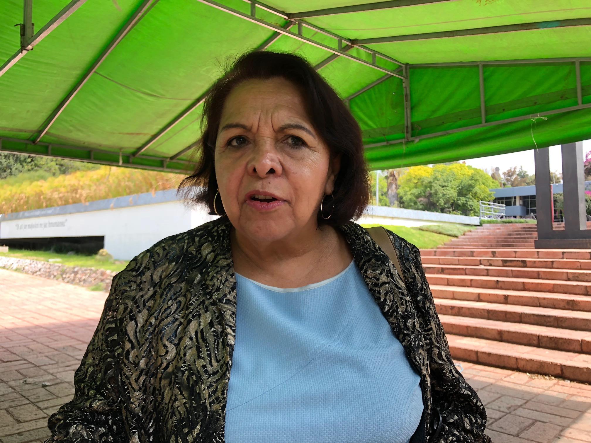 Gilberto Herrera está en derecho de analizar distinción de AMLO: Celia Maya