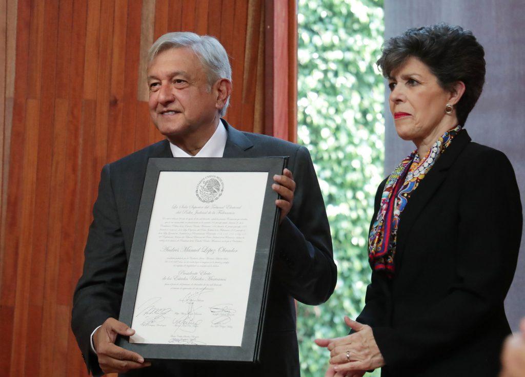 Tribunal mexicano valida comicios y declara a López Obrador presidente electo