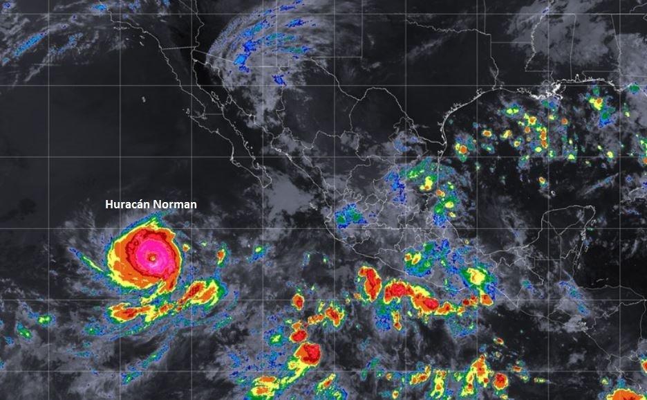 Huracán Norman sube a categoría 4 en el Pacífico mexicano