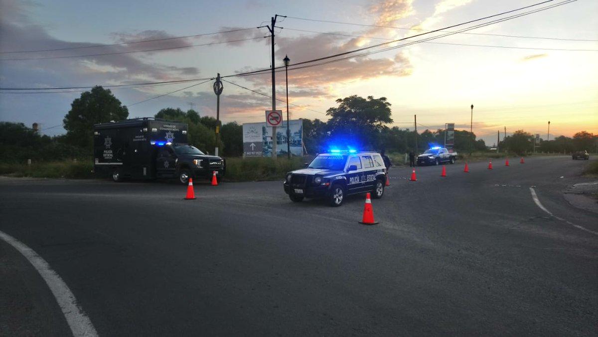 Policía Estatal detiene a persona tras persecución de una camioneta con reporte de robo