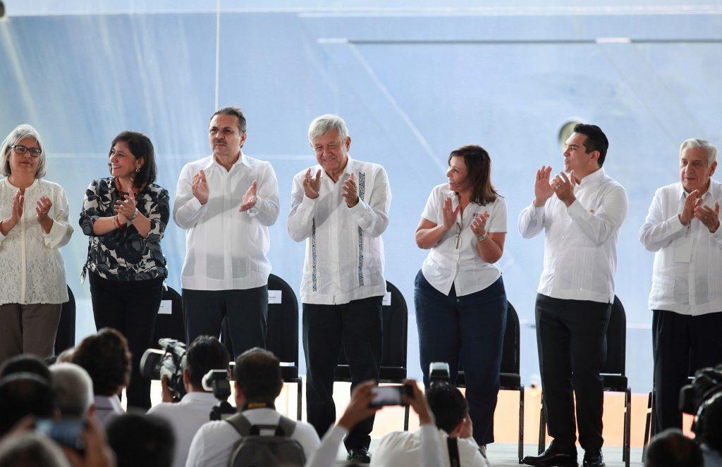 López Obrador promete el