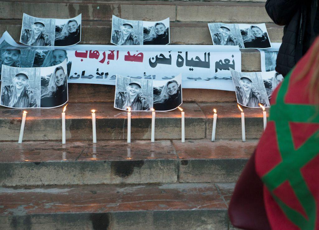 Vigilia por dos turistas asesinadas en Rabat