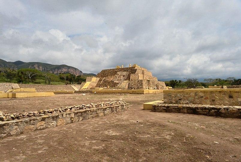 Hallazgo templo del dios Xipe Tótec amplia conocimiento de época prehispanica