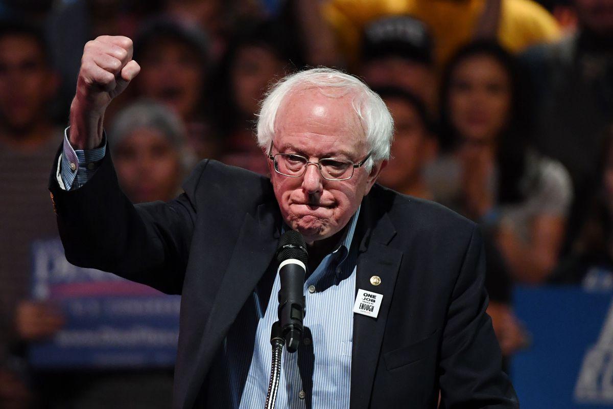 """Bernie Sanders, favorito entre los """"dreamers"""" para proteger a mexicanos en EU"""