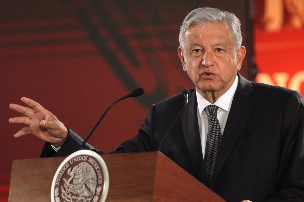 Presidente de México pedirá a ministerio publicar audios de accidente aéreo