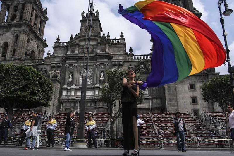 Marcha_LGBTTTI_Estado_Laico-7