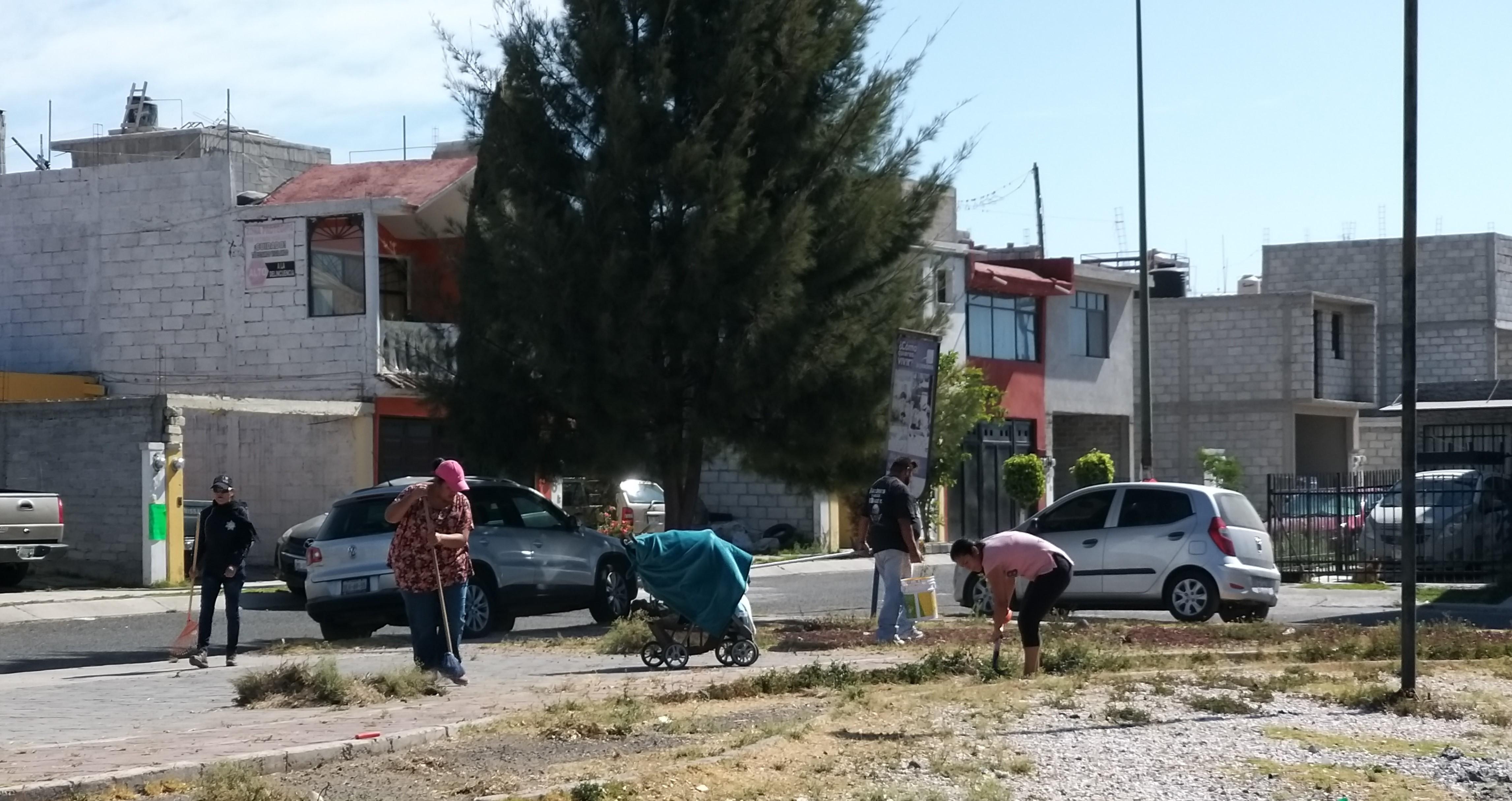 Inician trabajos de rescate de espacios públicos en La Pradera