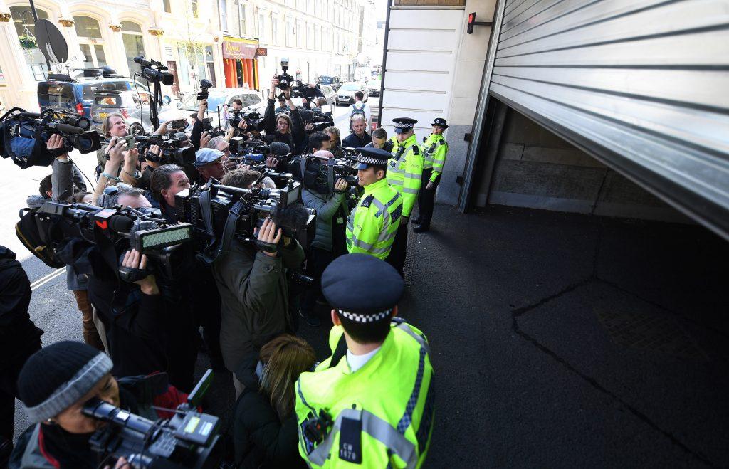 Assange fue detenido por una orden de extradición de EE.UU.